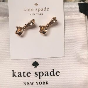 ♠️💋Kate Spade bow earrings!! NWT!!
